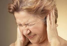 Người cao tuổi có tỷ lệ bị rối loạn tiền đình nhiều hơn giới trẻ